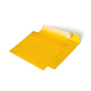 Конверт желтый, С4 229х324 мм, отрывная лента
