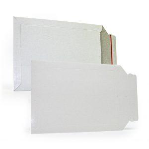Конверт из картона 320х455мм, белый, 450г.