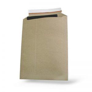 Конверт из картона 175х250мм, белый, 400г.